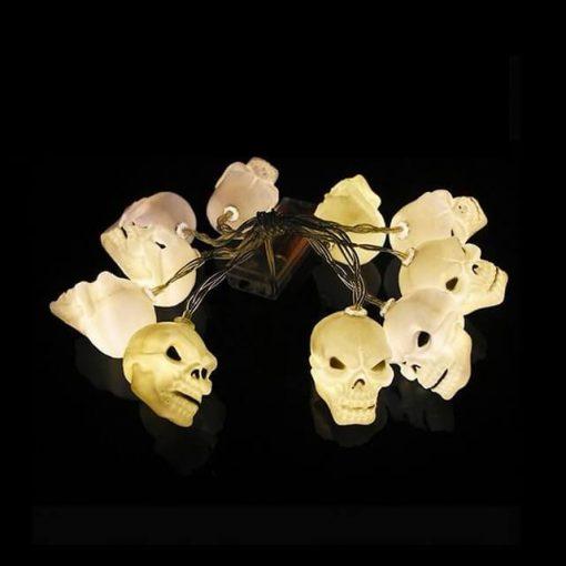 Deco halloween têtes de mort méchantes