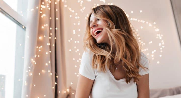 comment-avoir-cheveux-brillants