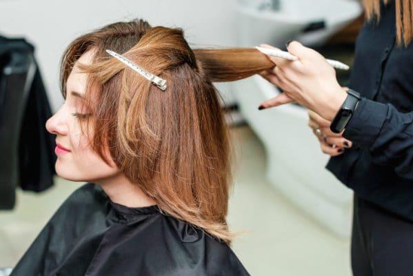 meilleure-coupe-cheveux-plats