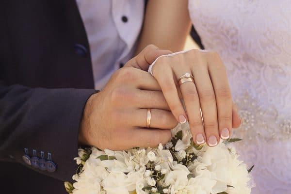 Quelle-Manucure-Pour-Un-Mariage
