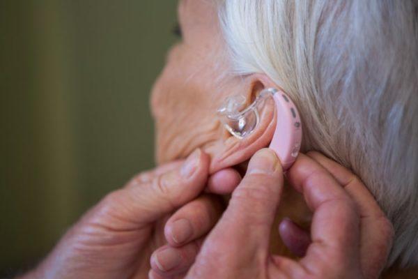 quelle-marque-appareil-auditif