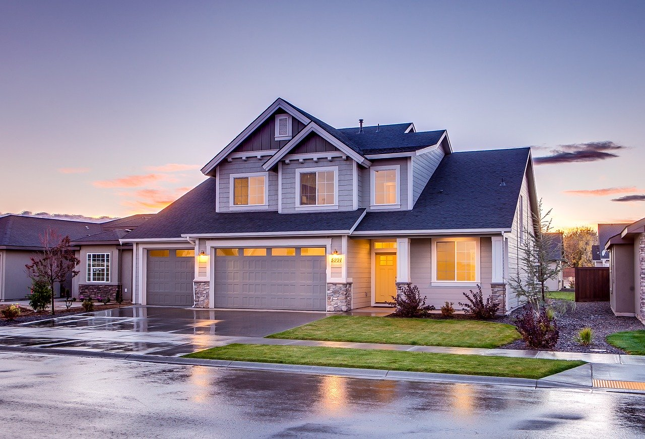 Photo d'une maison agréable à vivre, où l'on s'y sent bien, en sécurité et respectant les 5 conseils de la catégorie Maison & Jardin du site e-commerce boomattitude.com.