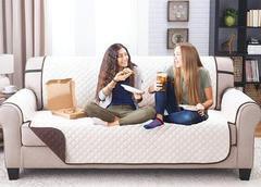 Uni-housse : L'accessoire déco indispensable pour une maison toujours impeccable